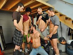 4 Guys One Mouth