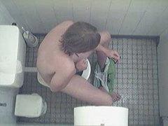 European Guy Toilet Jerking
